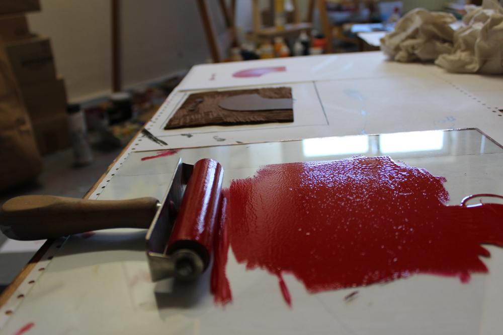 Linolschnitt, Schritt 1, rot, Mahnac