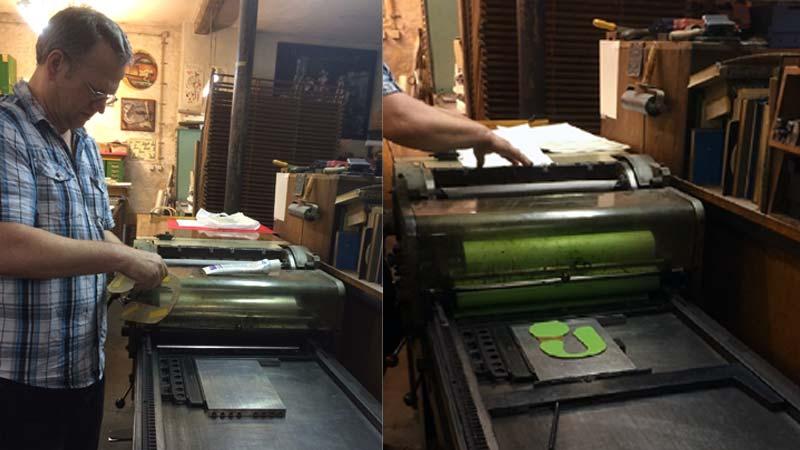 Erste Farbe wird grün gedruckt.