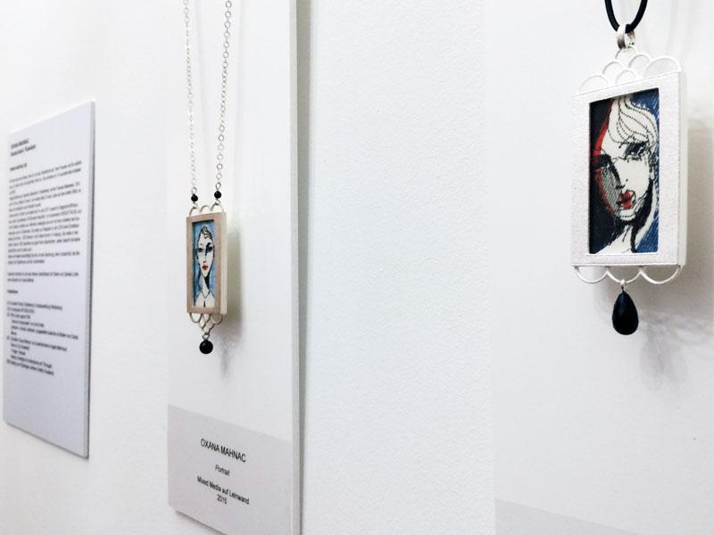 Silberanhänger mit Originalbildern von Oxana Mahnac, 2016